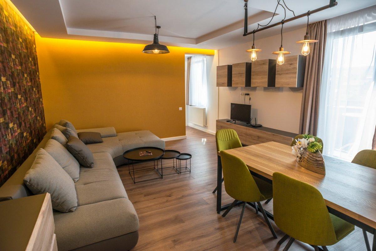 Apartament cu 2 dormitoare cu mic dejun